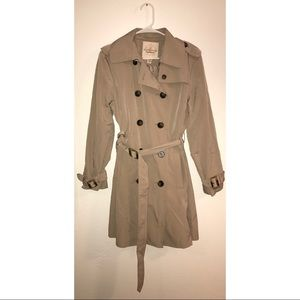 Covington Outerwear Trench Coat